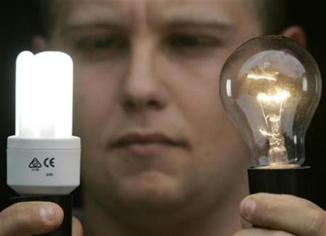 Canada to Ban incandescent light bulbs by 2012